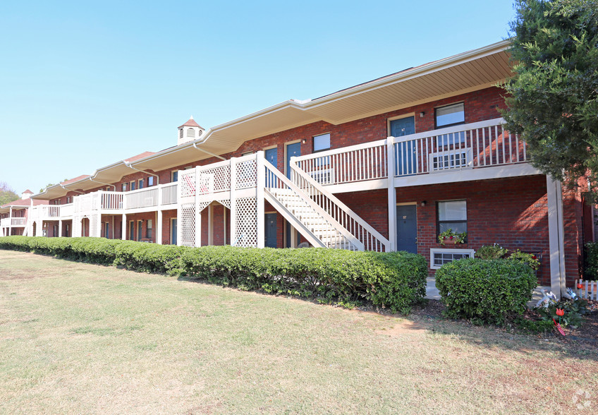 Summer Place Apartments Huntsville